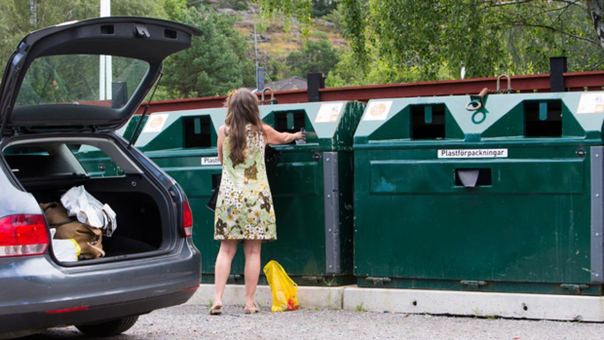 Återvinningscentral och återvinningsstation - vad är skillnaden?